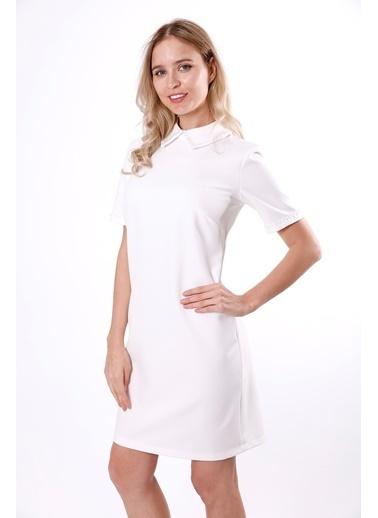 Clıche Yakası Ve Kolları Boncuk İşleme Detaylı Pudra Elbise Beyaz